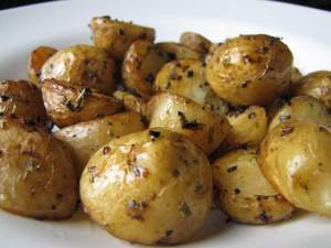 lemon, rosemary, tyme and garlic roasted new potatoes